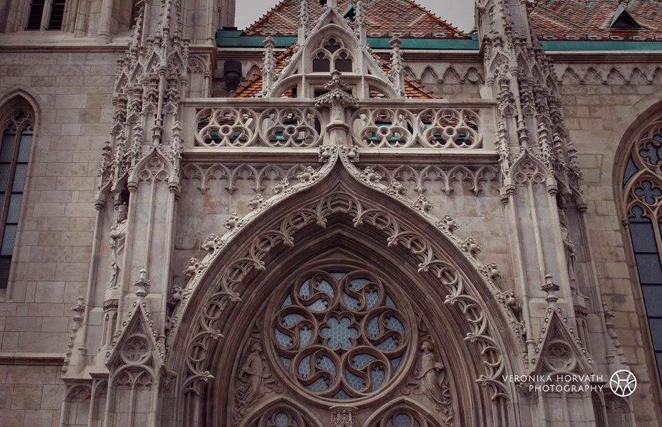 A Mátyás-templom gyönyörű homlokzata