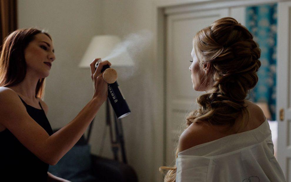 Menyasszony készülődik